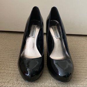 STEVE MADDEN Black Gloss Heels